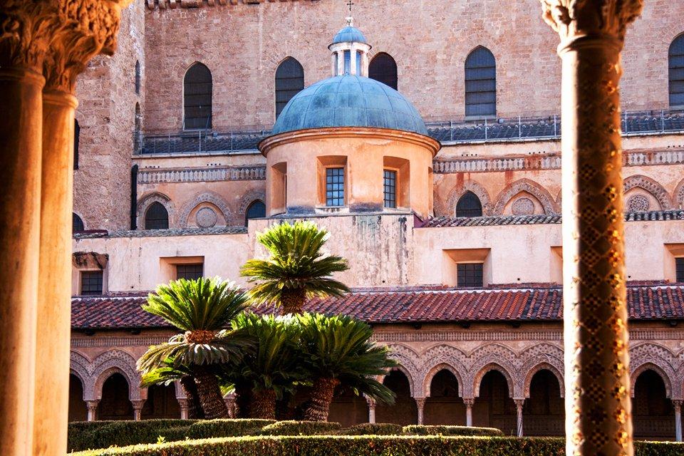 Klooster van Monreal op Sicilië, Italië
