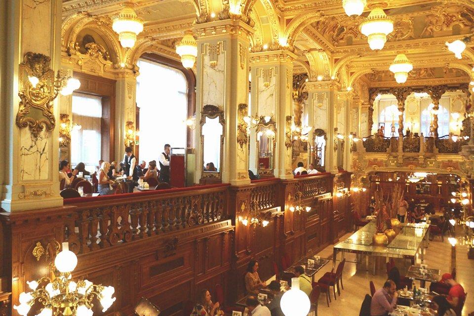 hu_hongarije_boedapest_cafe-gerbeaud.jpg
