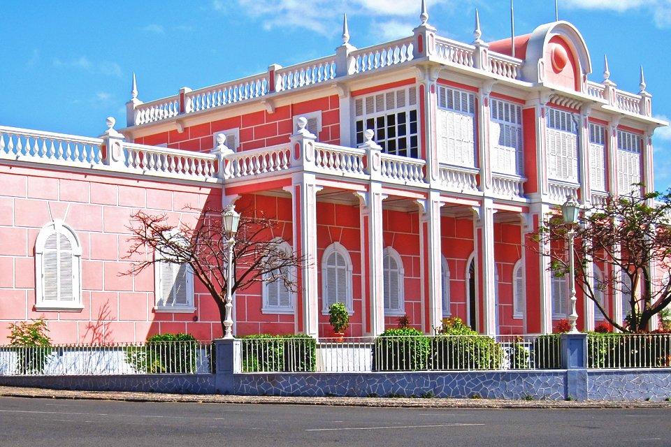 Gouveneurspaleis Mindelo op São Vicente, Kaapverdië