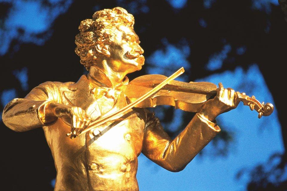 Johann Strauss standbeeld in Wenen, Oostenrijk