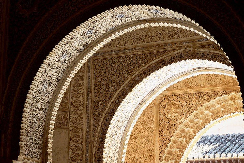 es_spanje-granada-alhambra-detail-boog.jpg