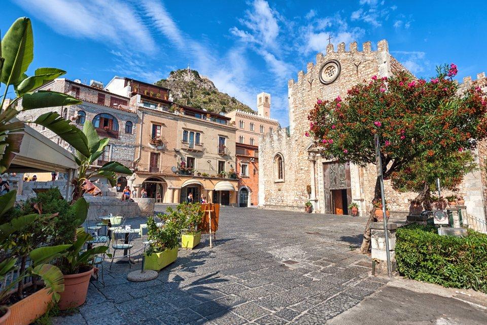 Pleintje in Taormina, Italië