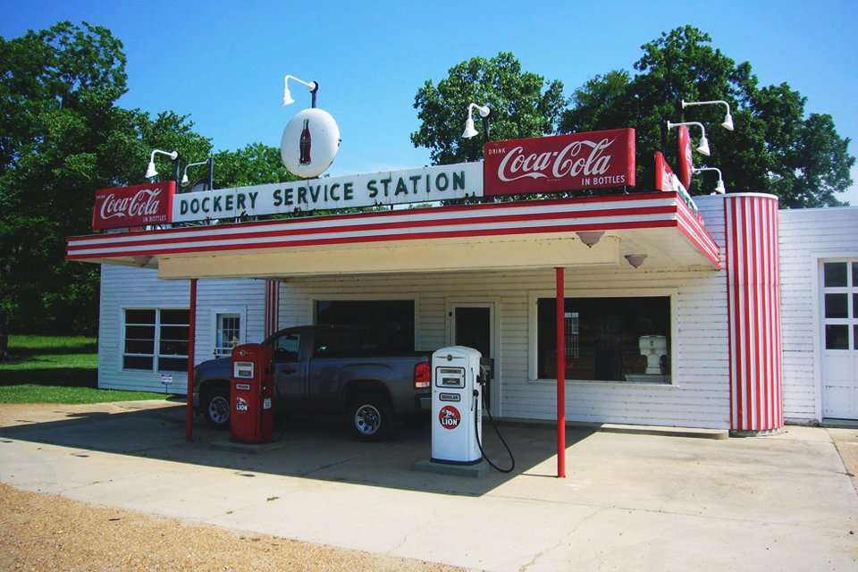 Service station bij Dockery Farm in Cleveland, Amerika