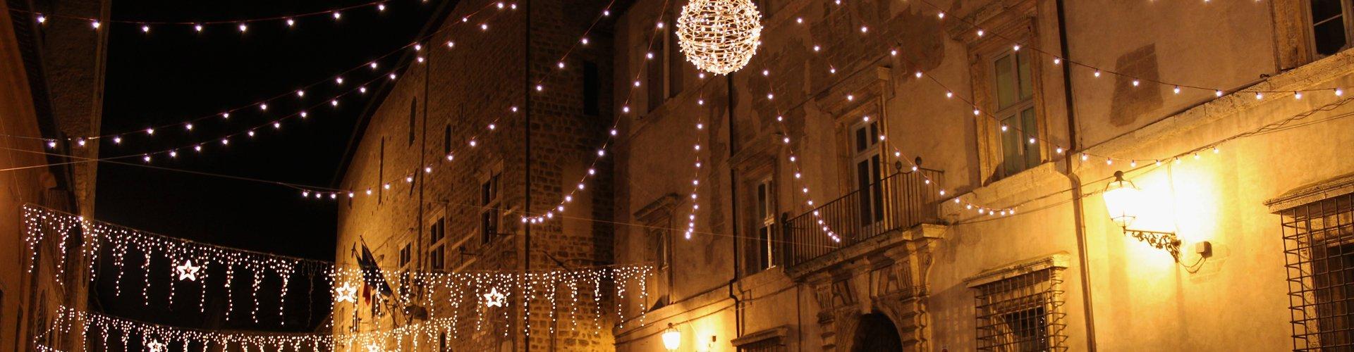 Narni in kerstsfeer, Italië