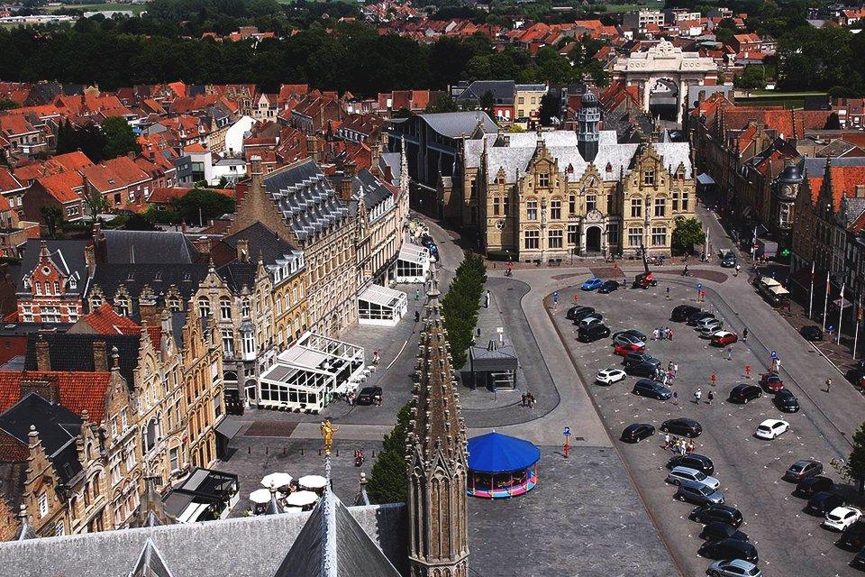 Grote Markt in Ieper, België