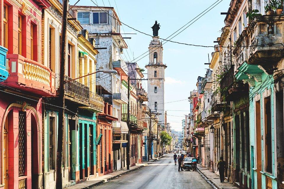 Straatbeeld Havana, foto door Pedro Szekely
