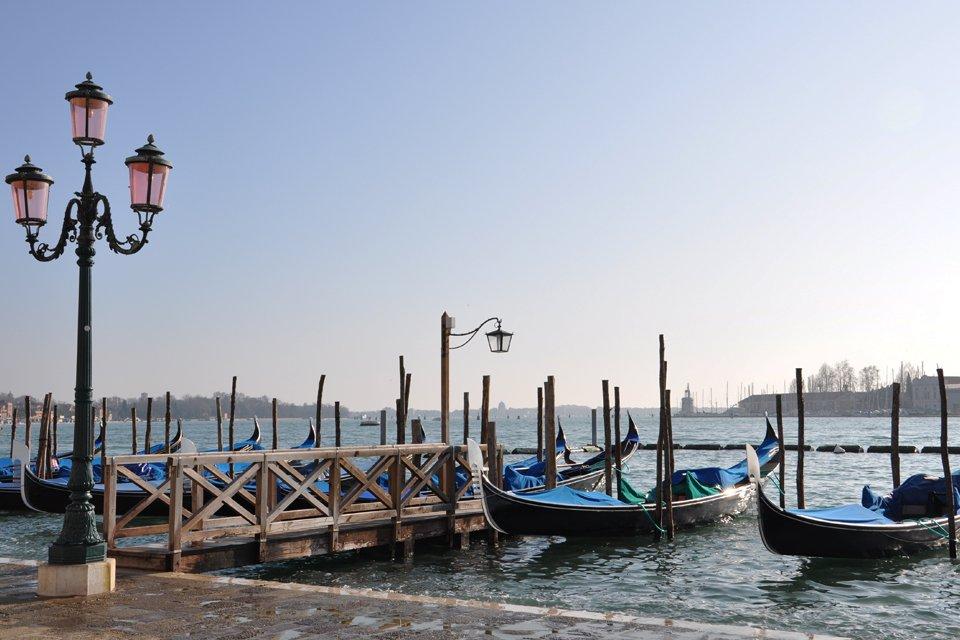 Gondels in Venetië, Italië