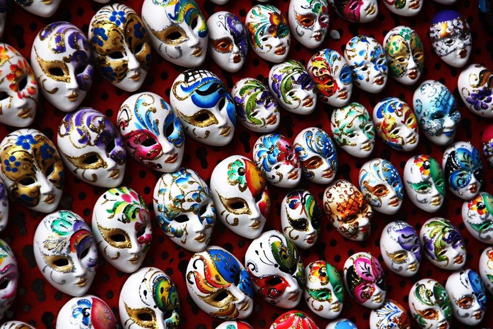 Ventiaanse maskers, Italië