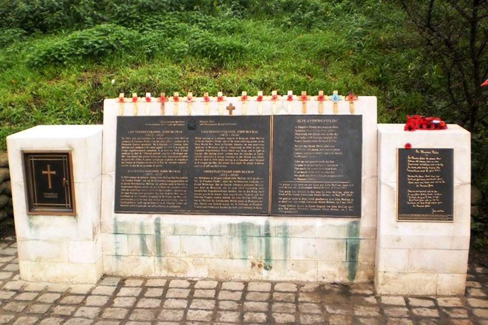 Monument van John McCrae, België