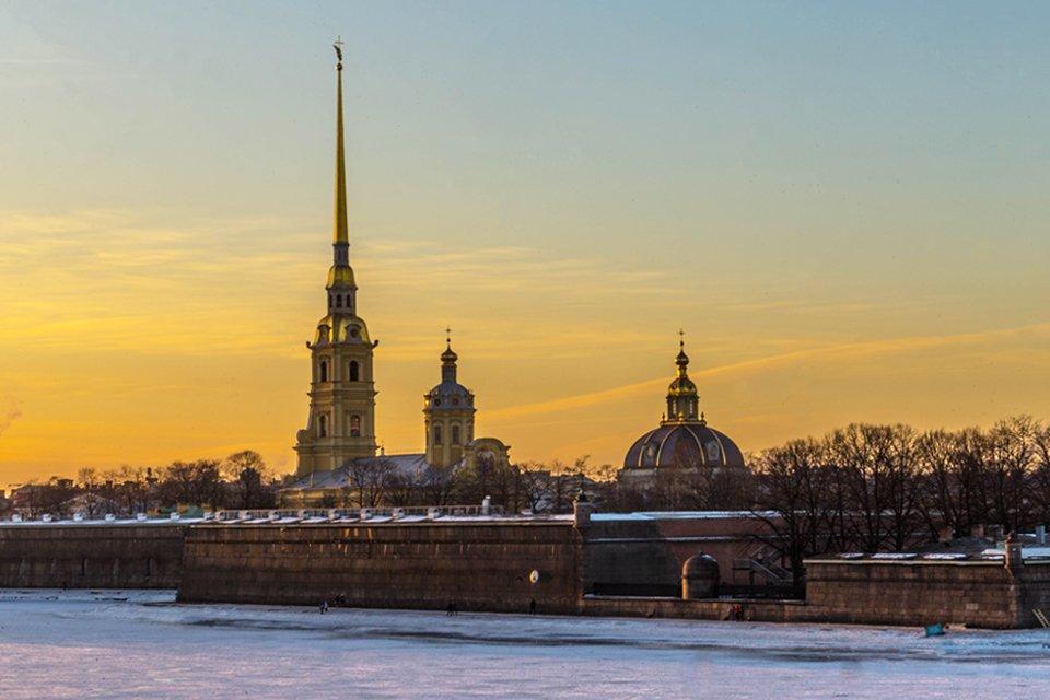 ru_rusland_winter_st-petersburg_neva-pp-vesting.jpg