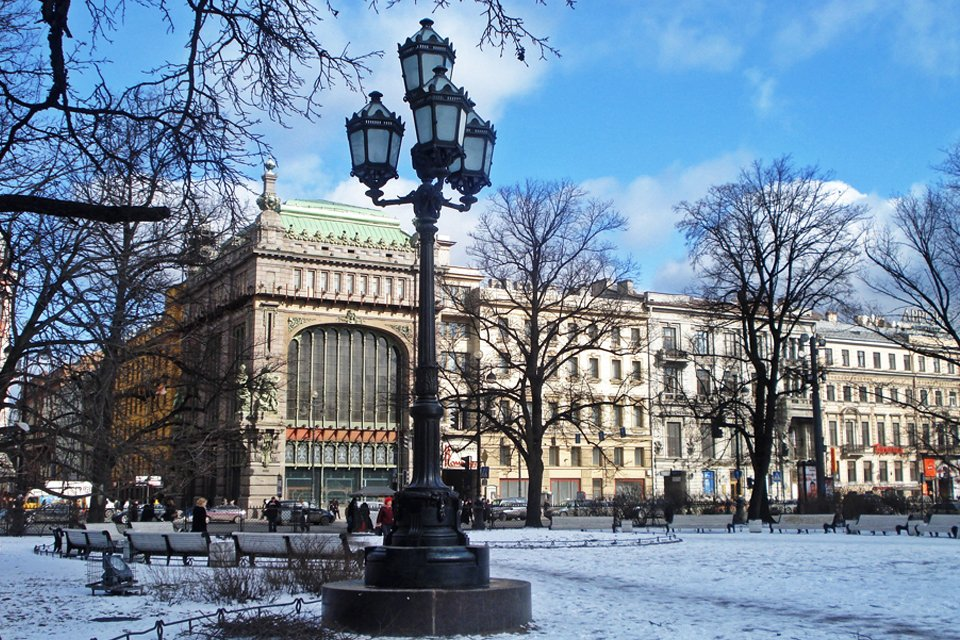 ru_rusland_winter_st-petersburg_nevsky-prospekt.jpg