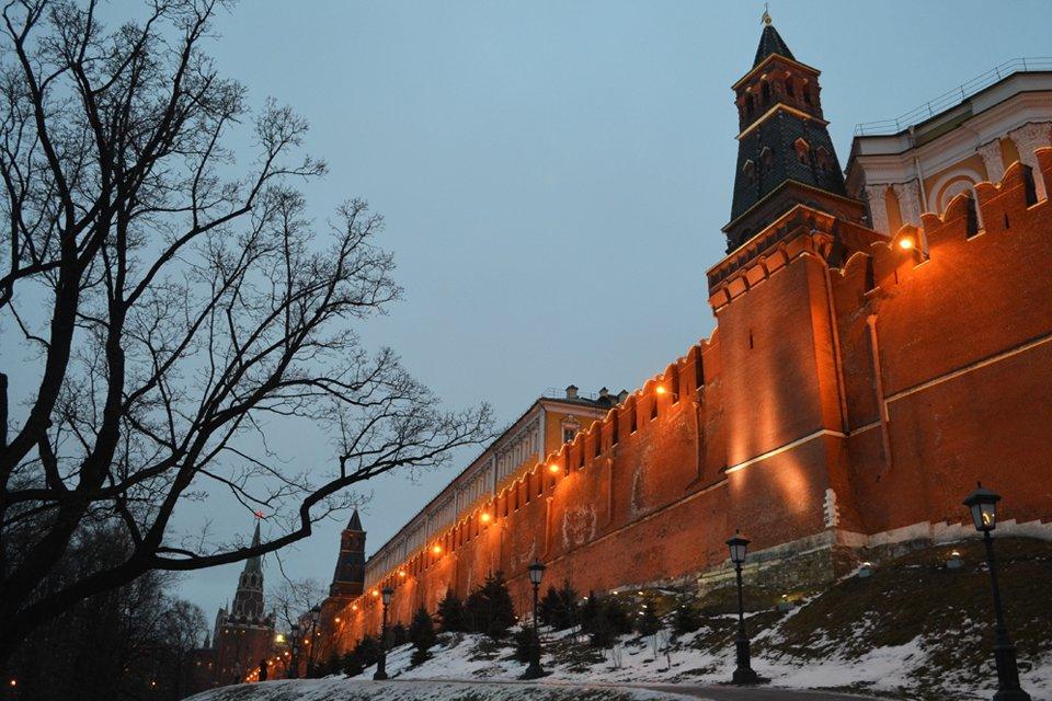 ru_rusland_winter_moskou-muren-kremlin.jpg
