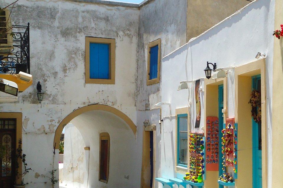Straatbeeld in Chora op Kythira, Griekenland