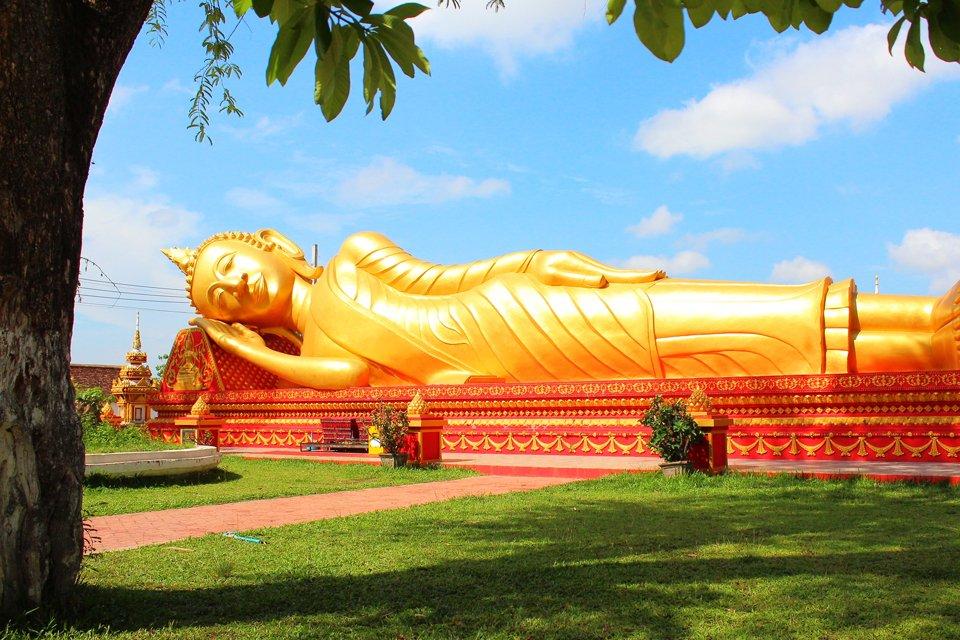 Reclining Buddha, Laos