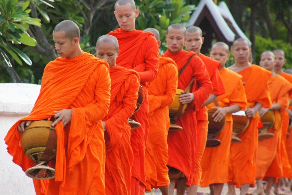 Monniken, Laos