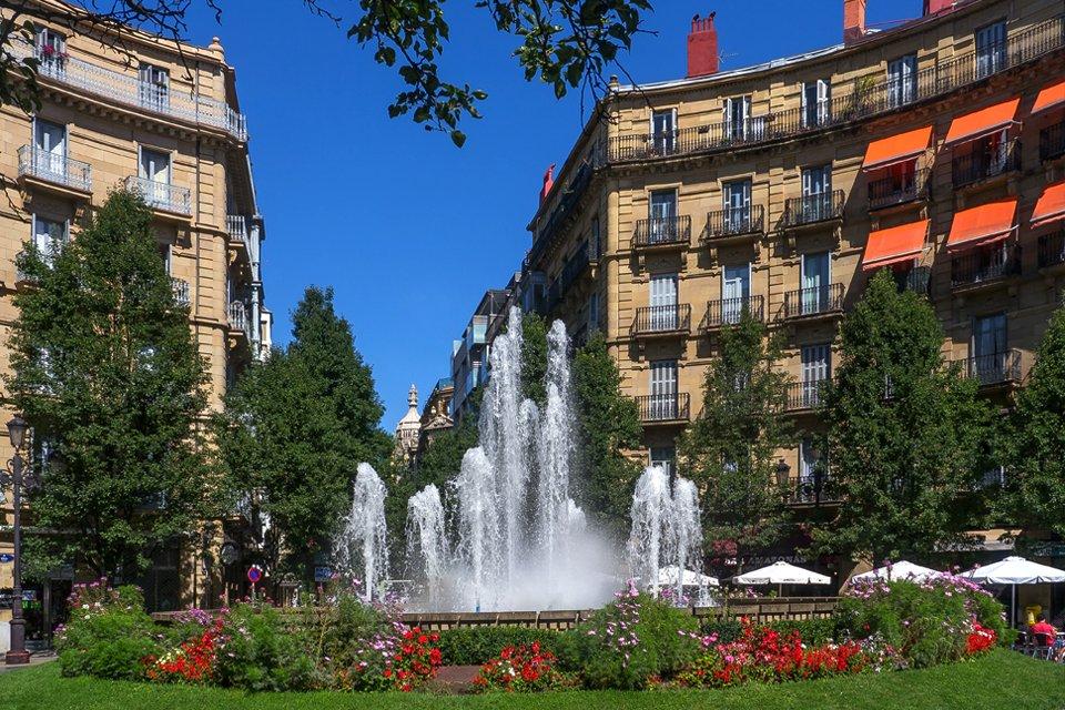 Plaza de Bilbao in San Sebastián, Spanje