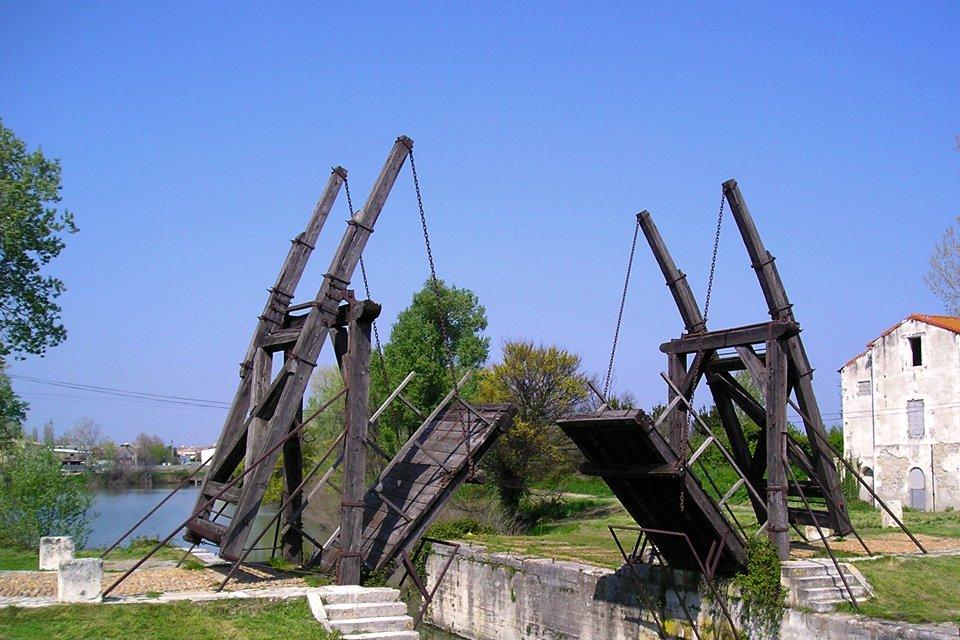 De brug van Arles, Frankrijk
