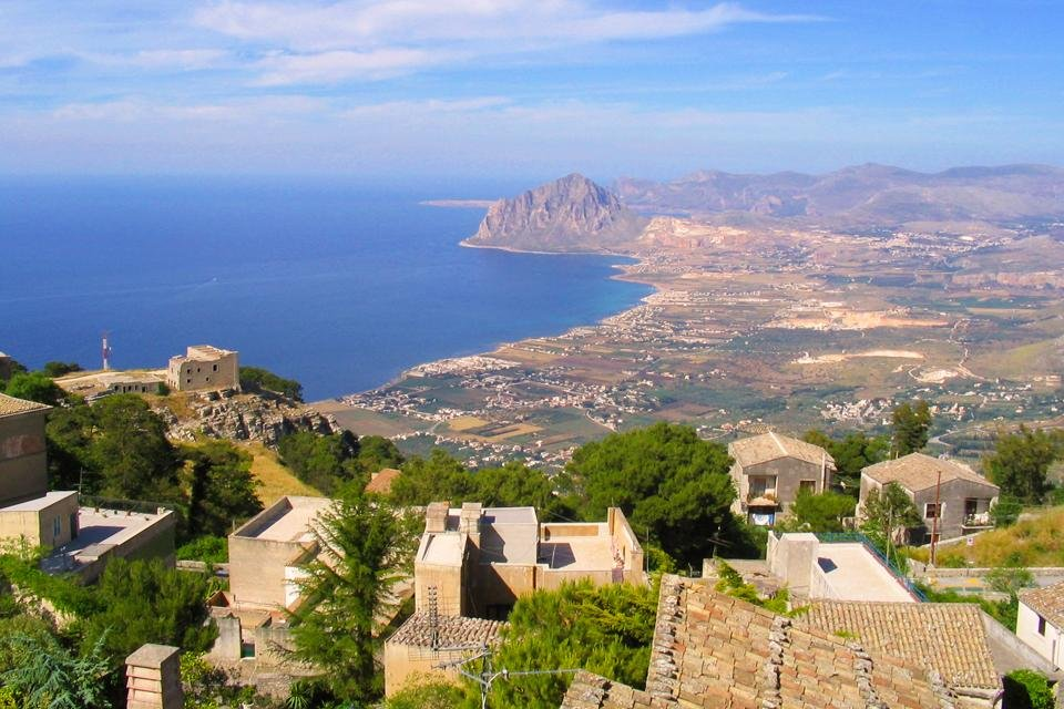 Uitzicht vanuit Erice op Sicilië, Italië