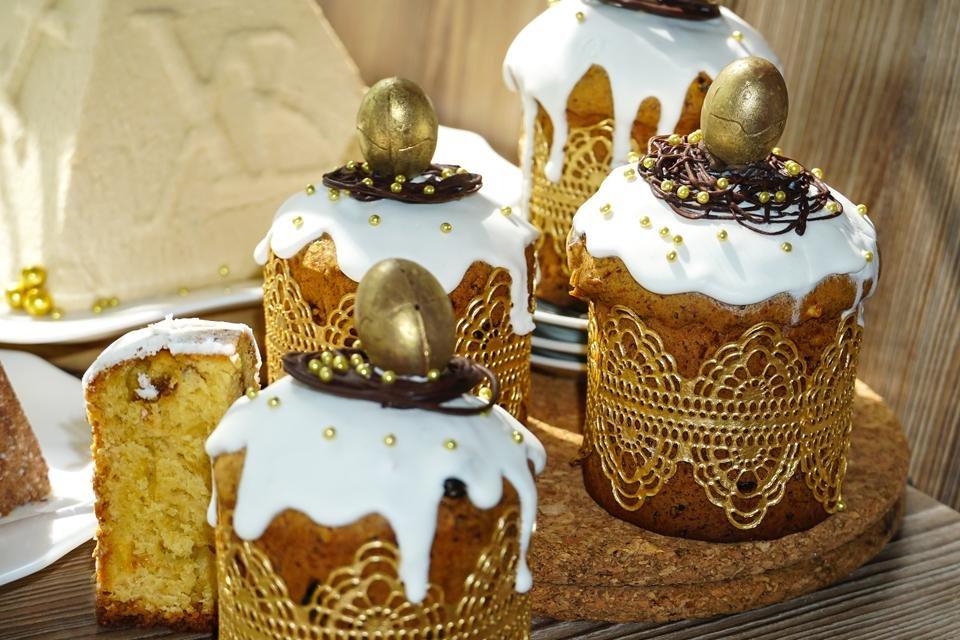 Kulich, Russisch paasbrood, traditie met Pasen in Rusland