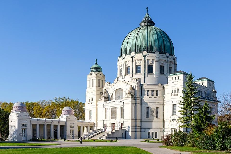 Friedhofskirche zum Heiligen Karl Borromäus op de Zentralfriedhof in Wenen, Oostenrijk
