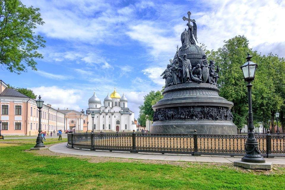 Monument voor 1000 jaar Rusland in Novgorod