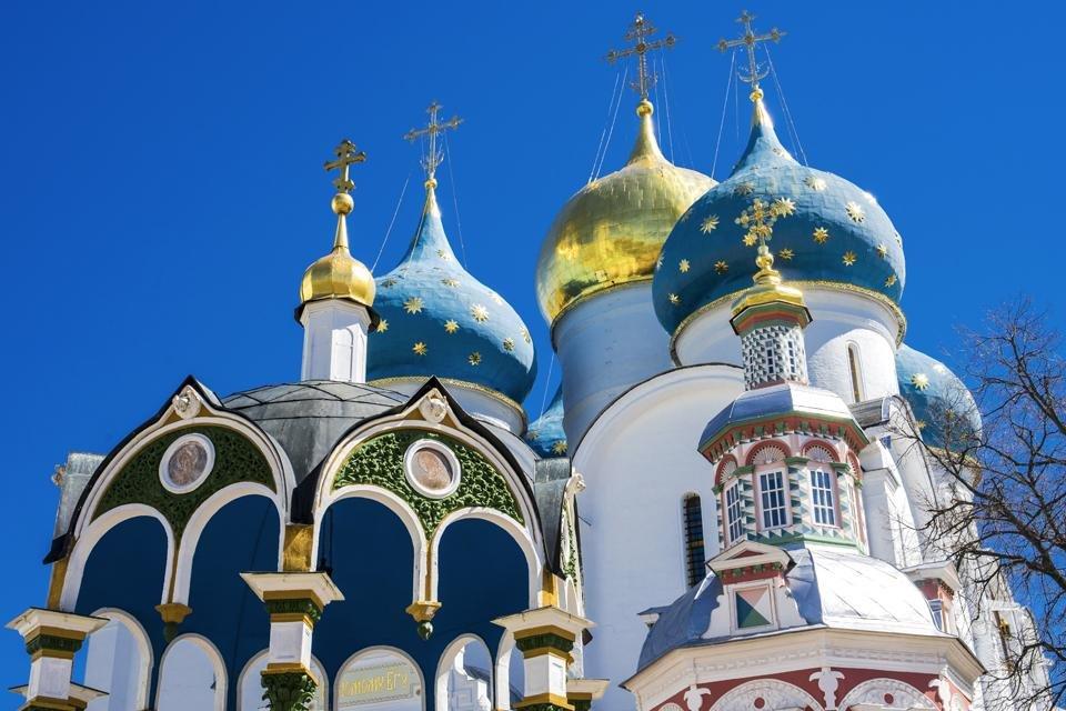 De Drievuldigheidskathedraal in Sergejev Posad, Rusland