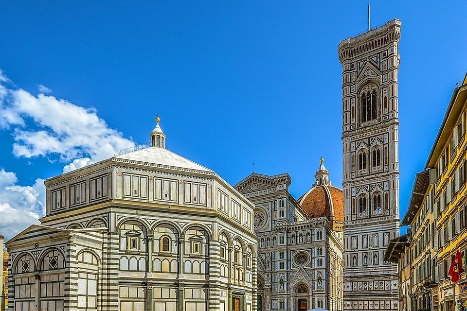 De doopkapel San Giovanni en de duomo, Florence, Italië