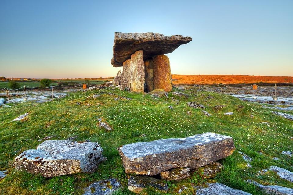 Burren, Polnabrone Dolmen, Ierland