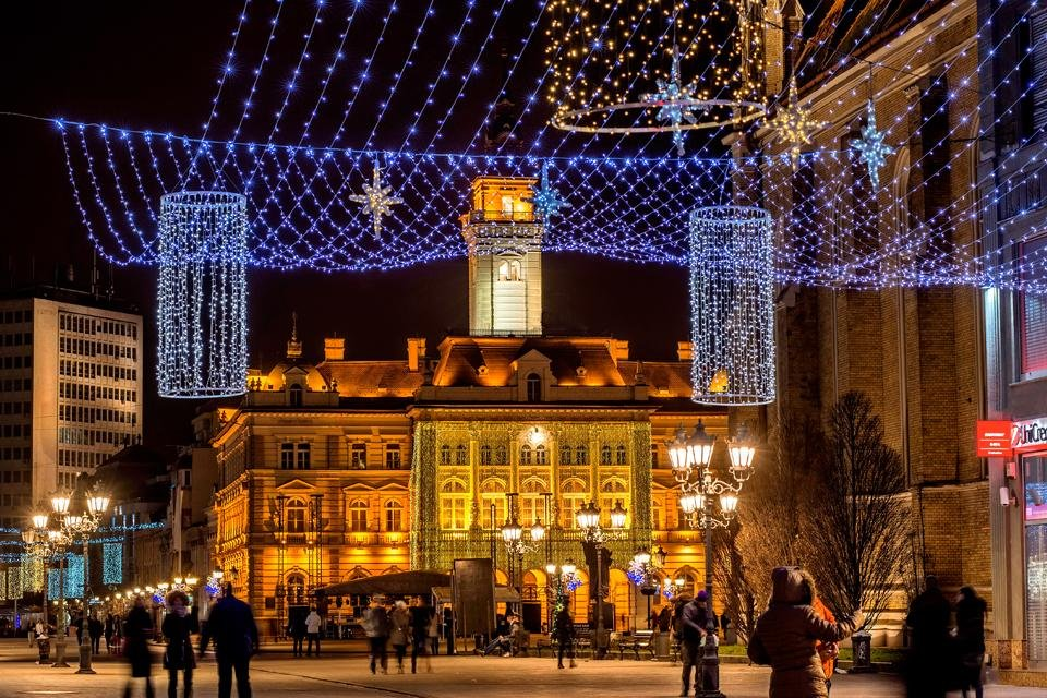 Straatbeeld in Novi Sad, Servië, tijdens kerst. Foto van Toerisme-organisatie Novi Sad
