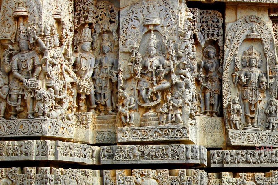Detail van de tempel van Belur in India