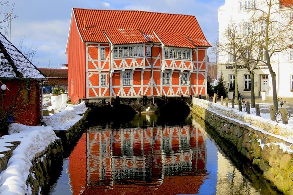 Sneeuw in Wismar, Duitsland