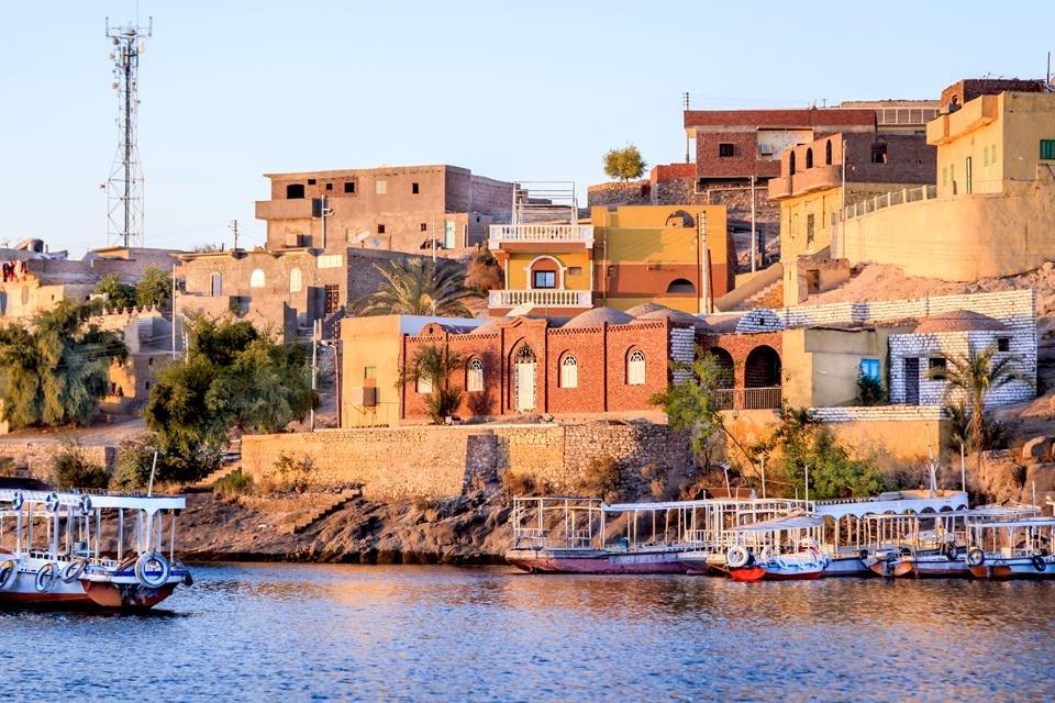 Aswan vanaf de Nijl in Egypte