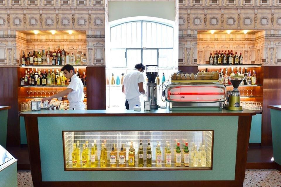 Bar Luce in Fondazione Prada, Milaan, Italië