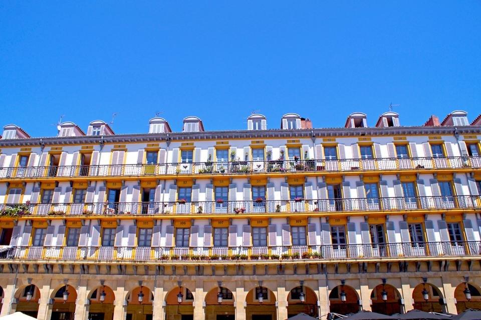 Plaza de la Constitución in San Sebastián, Spanje