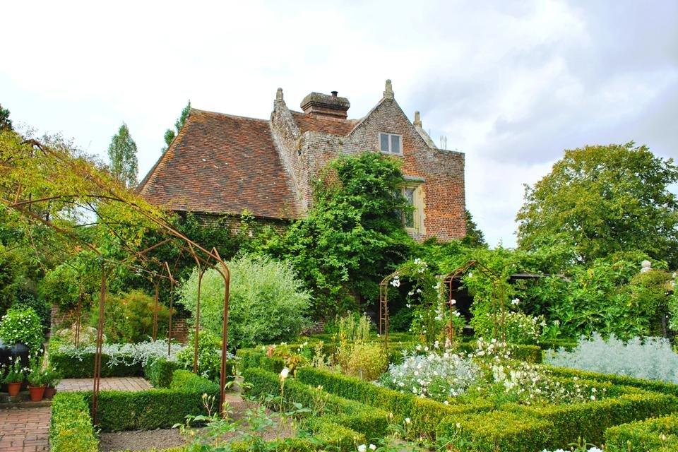 De tuin van Sissinghurst Castle in Groot-Brittannië