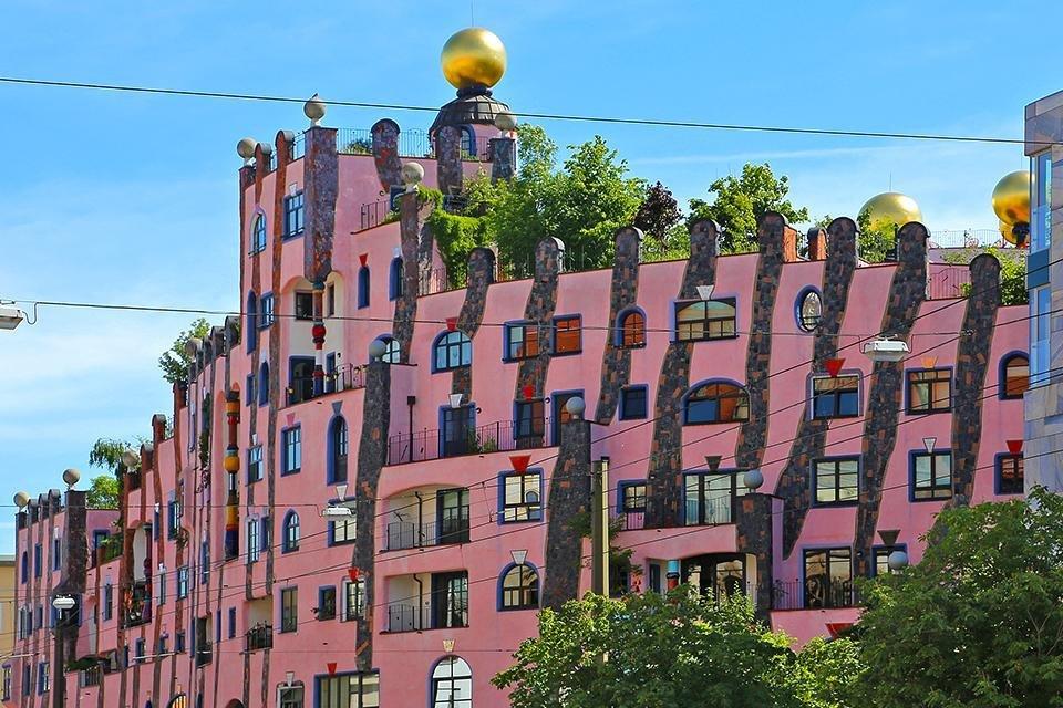 Grüne Zitadelle van Hundertwasser in Maagdenburg, Duitsland