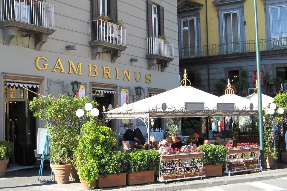 Caffè Gambrinus, Napels, Italië