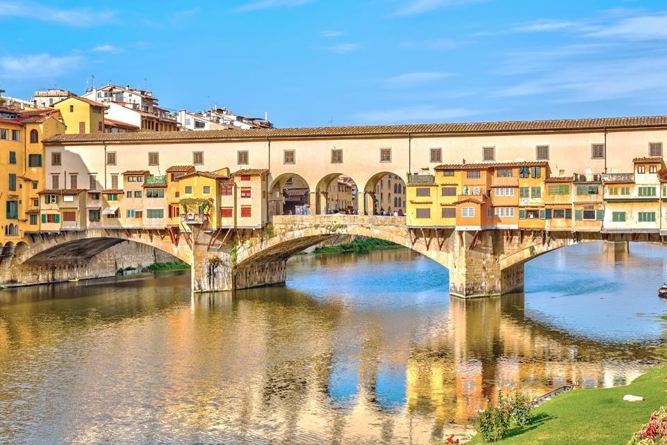 De brug Ponte Vecchio in Florence, Toscane, Italië