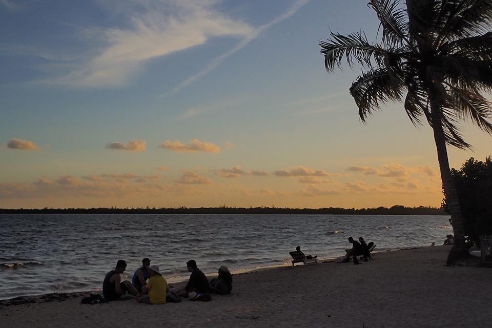 Playa Larga, Cuba, bij zonsondergang