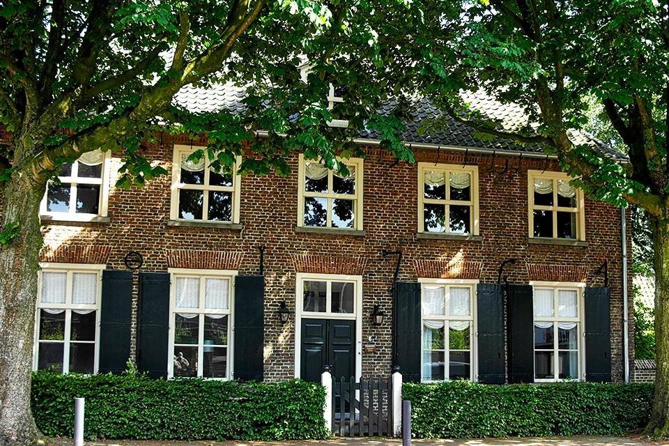 Ouderlijk huis van Vincent van Gogh in Nuenen, Nederland